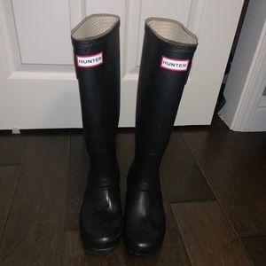 Hunter matte black rainboots